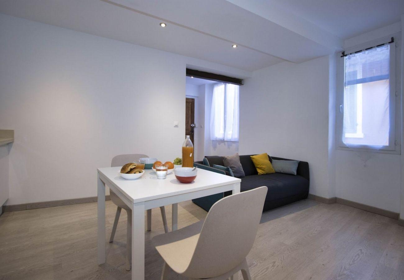 Appartement à La Ciotat - Appartement Sofi, proche mer et port, calme