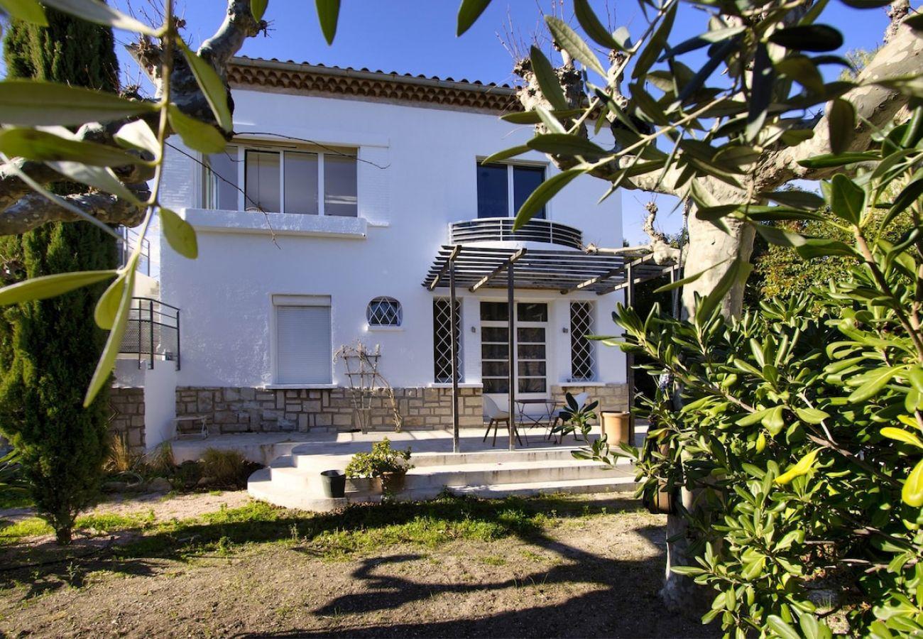 Appartement à La Ciotat - Maison Grand Lamiolo. Standing, jardin, piscine