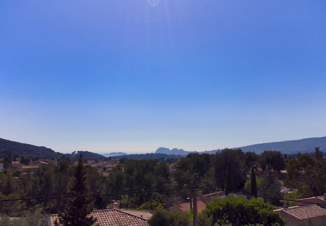Villa à Ceyreste - Villa Malet. Calme, clim, piscine, jacuzzi, jardin