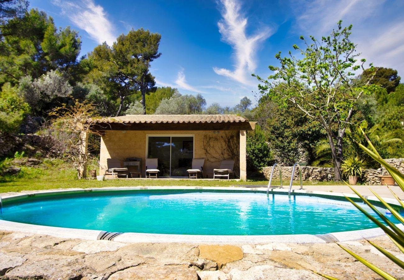 Maison à La Ciotat - Villa Tonga Soa, havre de paix, piscine, clim