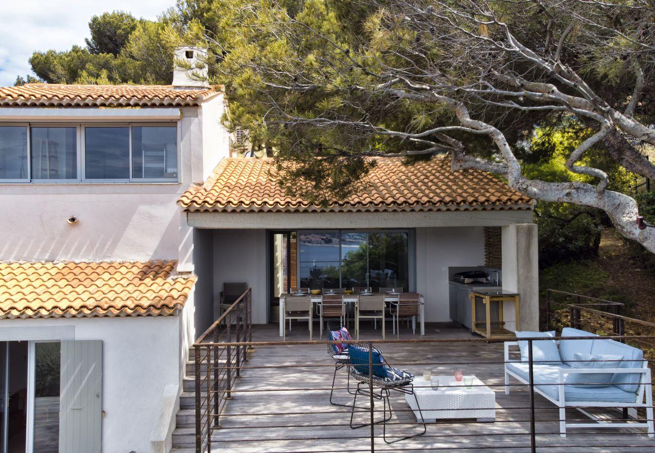 Maison à Sanary-sur-Mer - Villa La Faligeotte vue mer, piscine chauffée clim