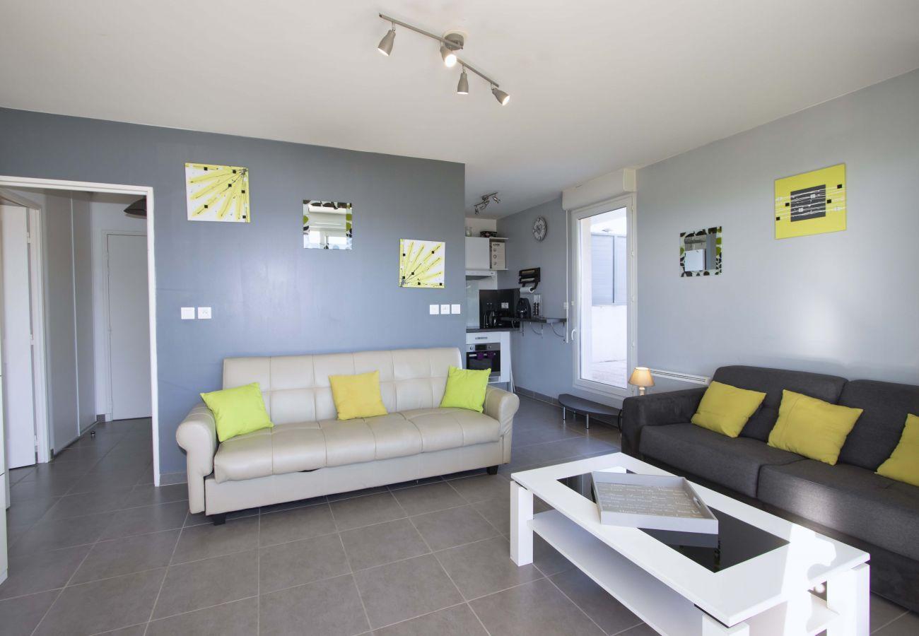 Appartement à La Ciotat - Gameou, piscine collective, 2 terrasses, parking