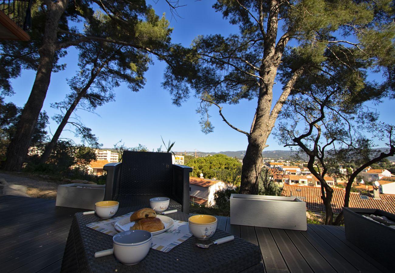 Appartement à La Ciotat - Garbelo. Neuf, clim, terrasse, jardin, parking