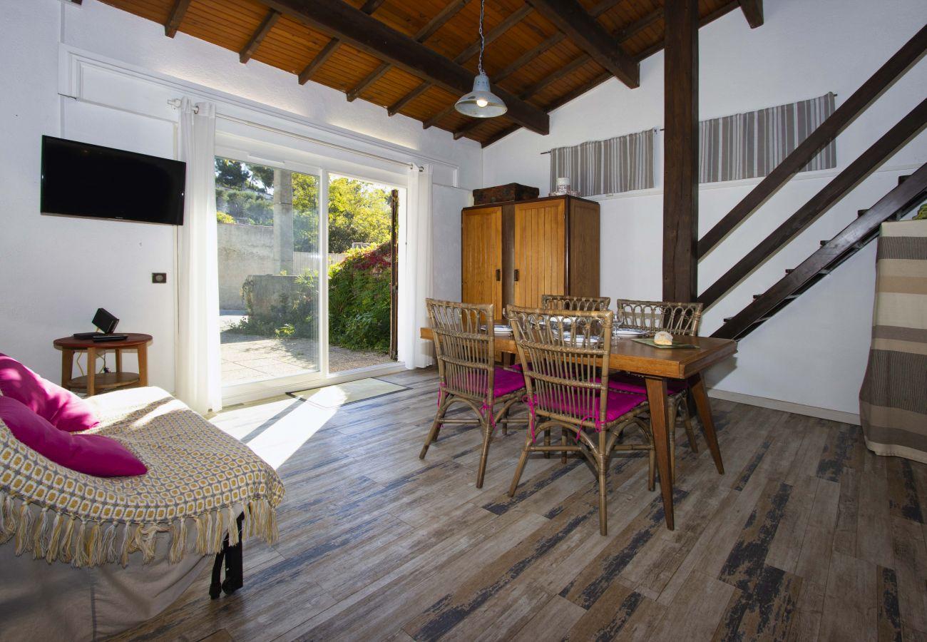 Maison à La Ciotat - Petite Briandière. Rénovée, clim, jardin, WIFI