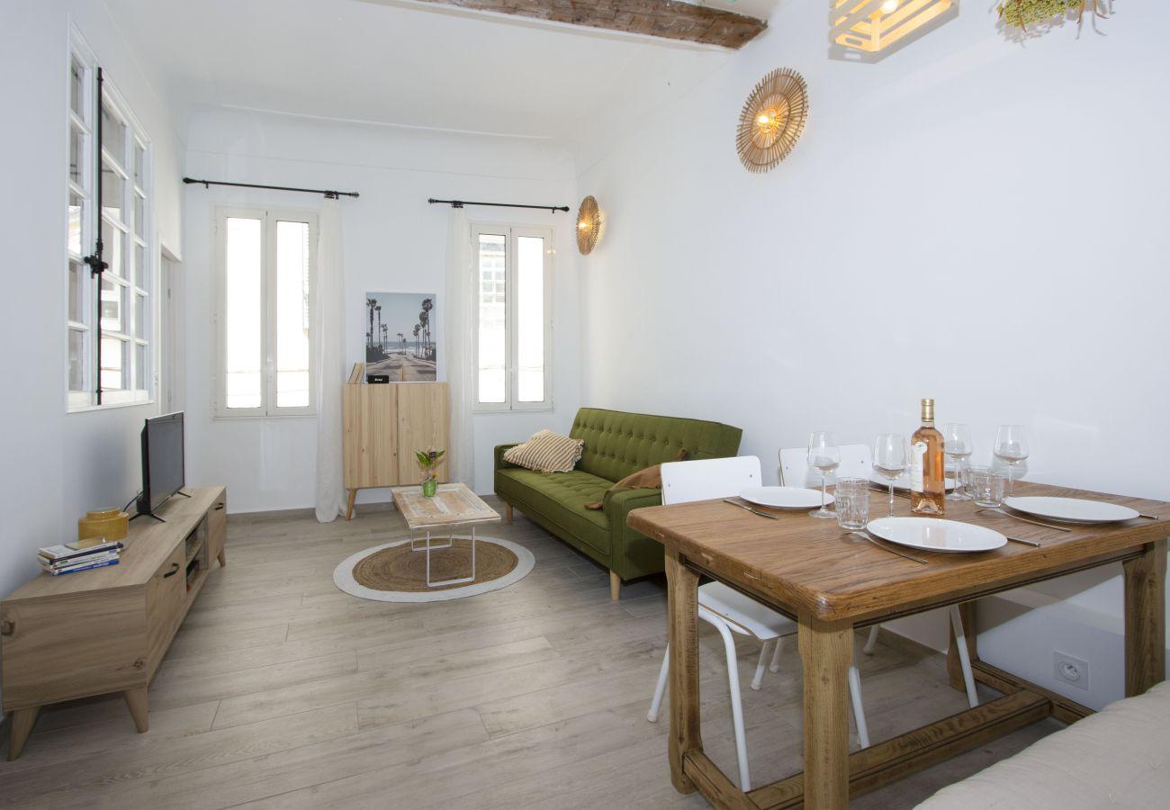 Appartement à La Ciotat - Appartement Pèiro. Confort, déco tendance