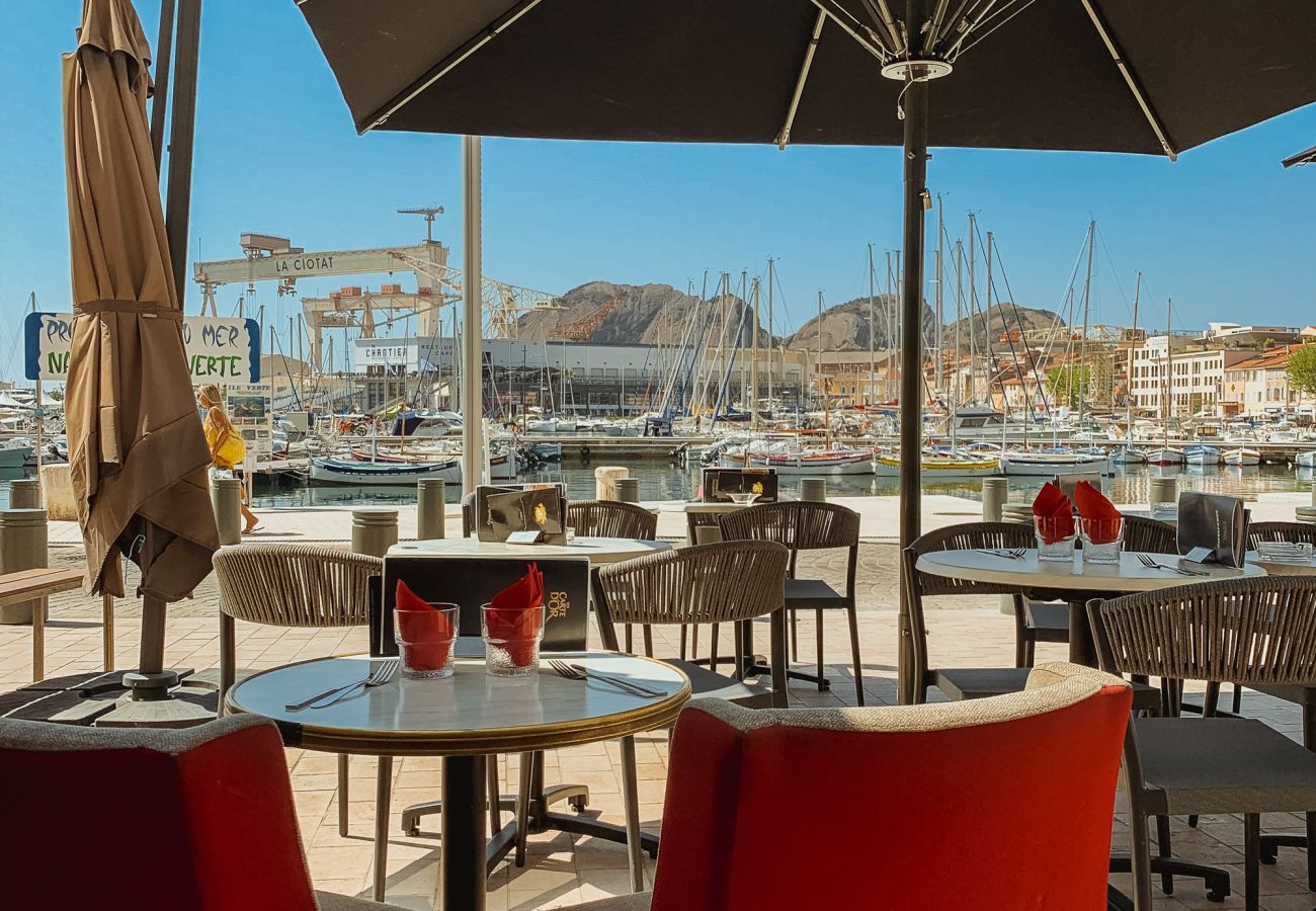 Appartement à La Ciotat - Appt Pèiro. 400m port&plage, confort, déco,parking