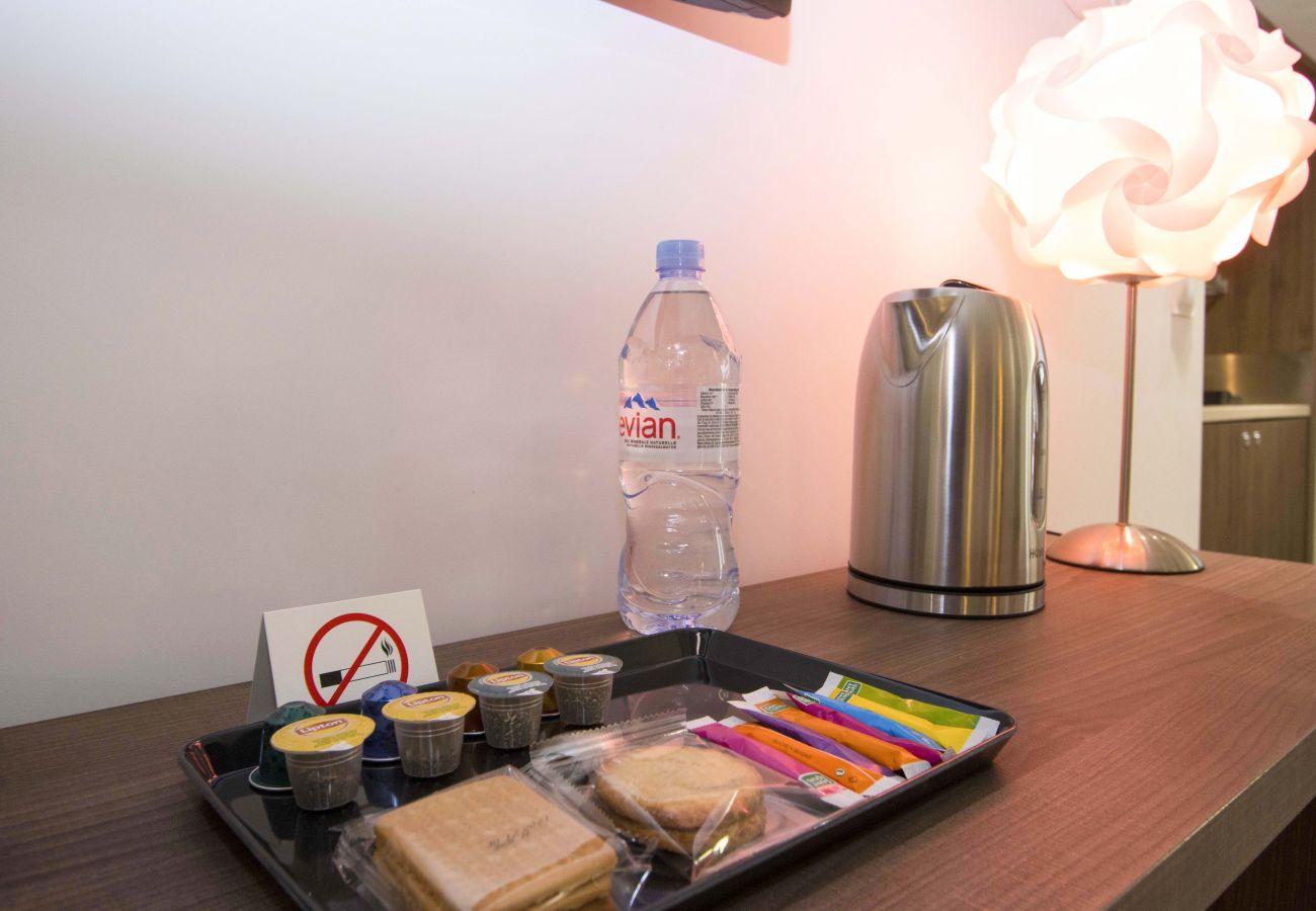 Aparthotel à Saint-Cyr-sur-Mer - Studio Cailloux. Pour vos vacances ou séjours pros