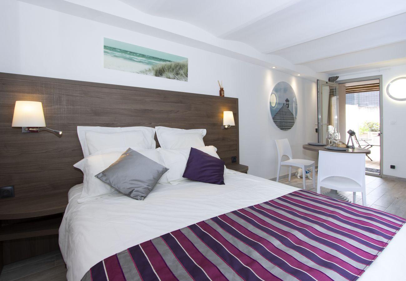 Aparthotel à Saint-Cyr-sur-Mer - Studio Pointe. Idéal pour vos vacances/séjours pro